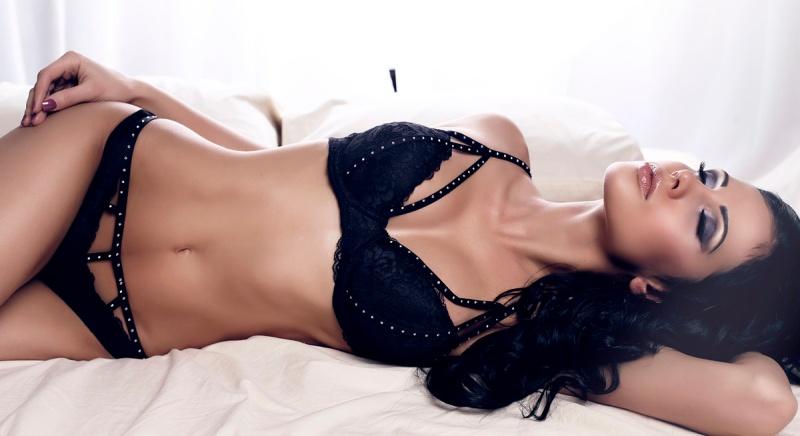 kvinne_sexy_undertoy_1